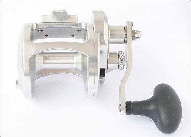 AVET-LX-4-6-----Vista-posteriore-con-la-larga-bobina
