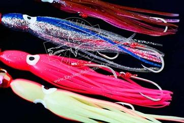 ENGETSU-BOTTOM-SHIP-----Particolare-colori-accesi-octopue-e-twin-assist-hook