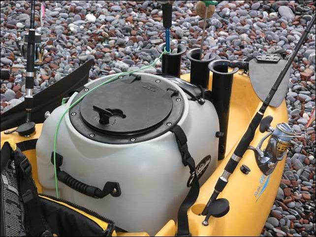 Hobie-tank-live-well
