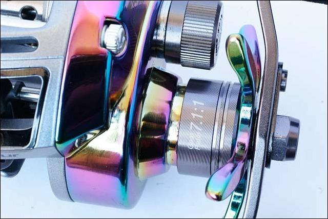 ABU--REVO-ELITE-AURORA---Particolare-ghiera-frizione-a-stella-