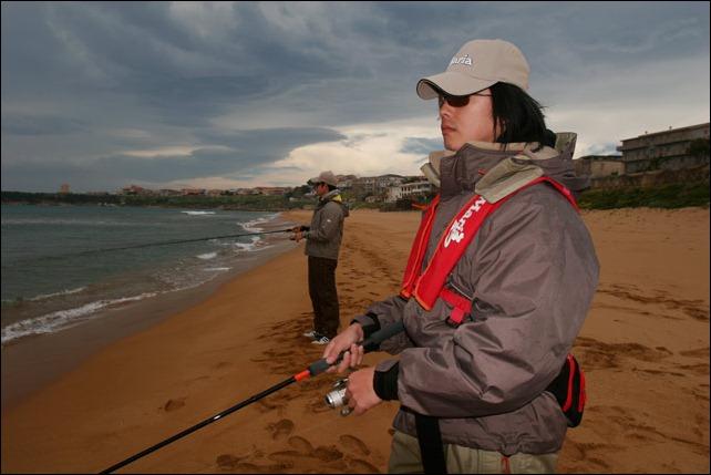 PESCA-SEPPIA-Spinning-lanci-su-spiaggia