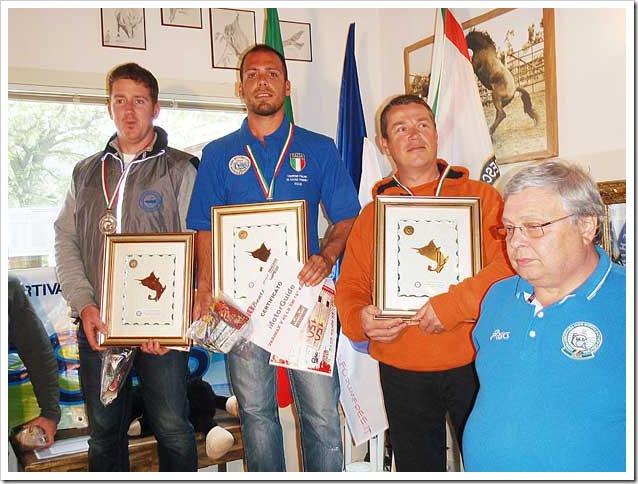 Gianluca-Aramini-sale-sul-primo-podio-al-quarto--Campionato-di-KF