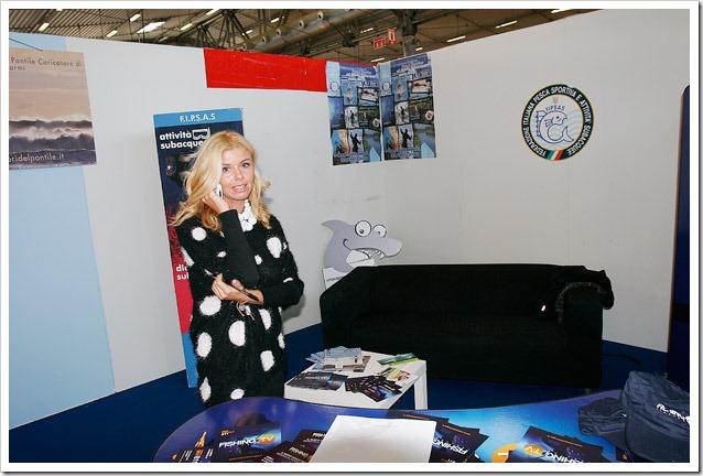 MONDO-PESCA-Report---Michela-Malossi-a-Italian-Fishing-TV