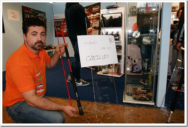MONDO-PESCA-Report---Stand-La-Vallata-canna-fly-tonno