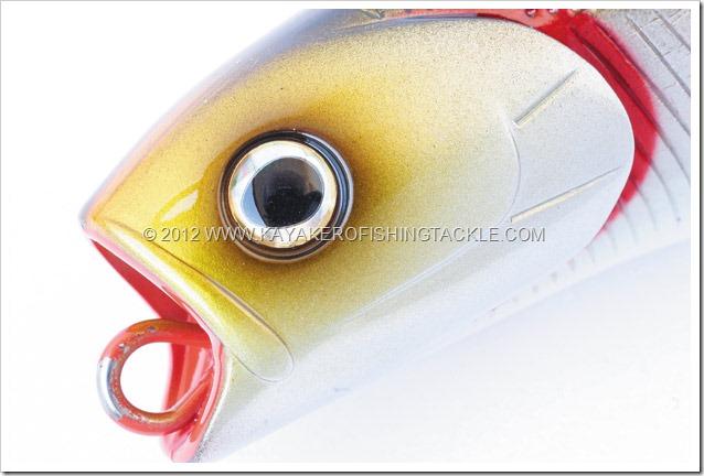 DAIWA-SALTIGA-PENCIL---Particolare-occhio-e-testa
