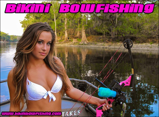 shelby_wallpaper_bikini_bowfishing_