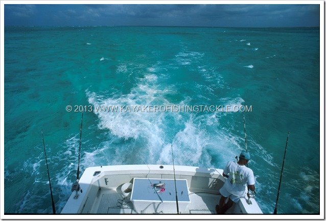 Wahoo-Cayman----03----Trolling-su-Pickle-Bank