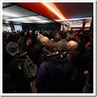 PESCARE-SHOW-2015-folla-ingresso