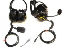 Rosso-Racing-cuffie-e-microfono.jpg