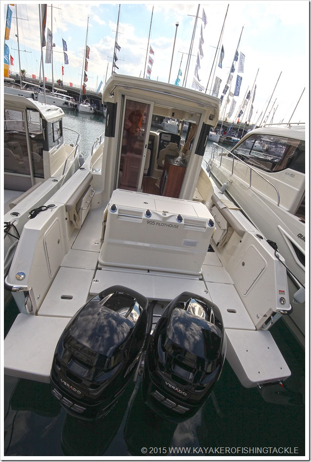 Salone-Nautico-55-2015-Quicksilver-905-Pilothouse