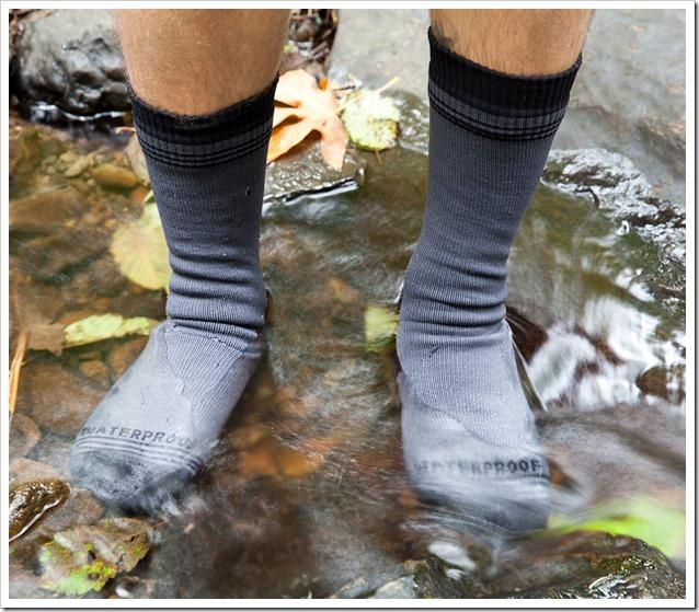 Crosspoint-WP-Wool-Crew-Sock-Lifestlye-1-water