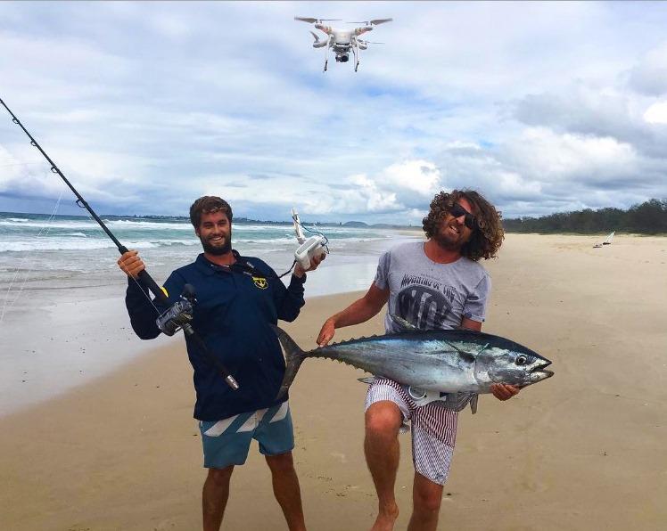 tonno da riva con drone