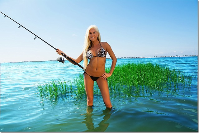 Fishing Girls Calendar 2017 4