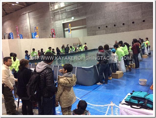 Fishing-Show-Osaka-2017-stand-e-piscina-pesca-bambini-2