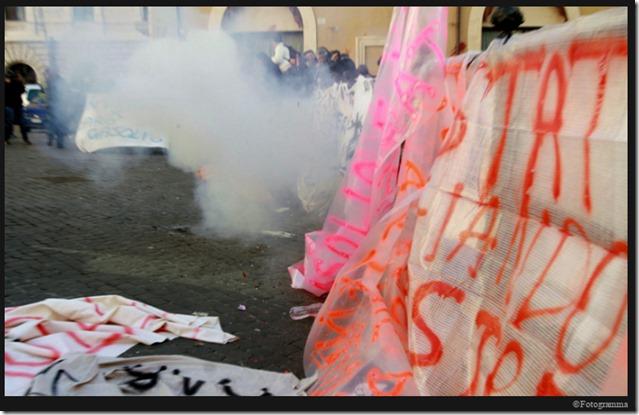 Disordini a Montecitorio manifestazione pescatori professionisti