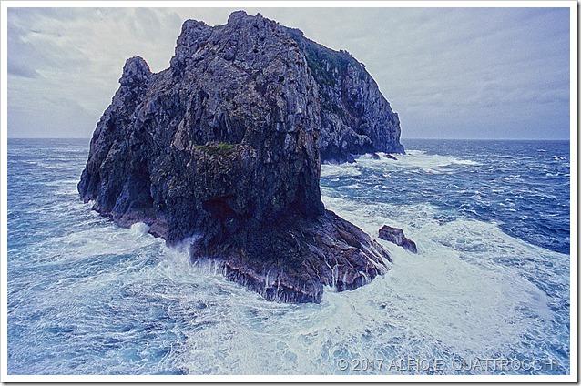 N-ZELANDA-----Bay-of-Island-Piercy-Island
