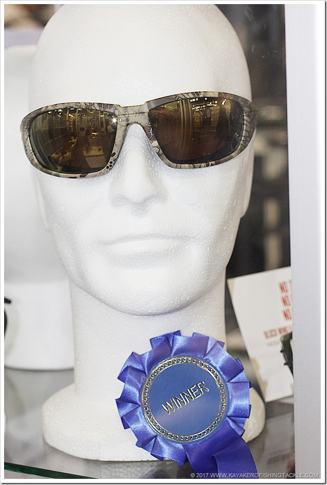 BEST-PRODUCT-AWARDS--Wiley-X-Sunglasses-WX-Boss-a
