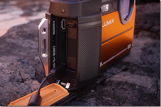 Panasonic-Lumix-FT7-connessioni