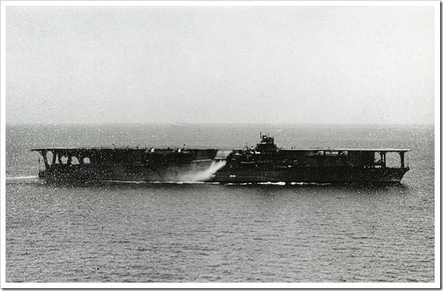 Japanese_aircraft_carrier_kaga