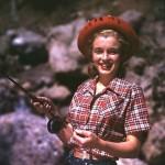 marilyn-monroe-photo_fishing-1946_andre-de-dienes.jpg